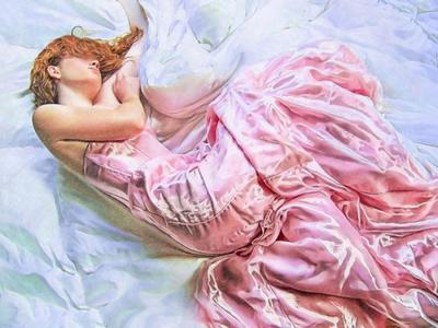 val-female-figure-satin-sleep-02-jpg